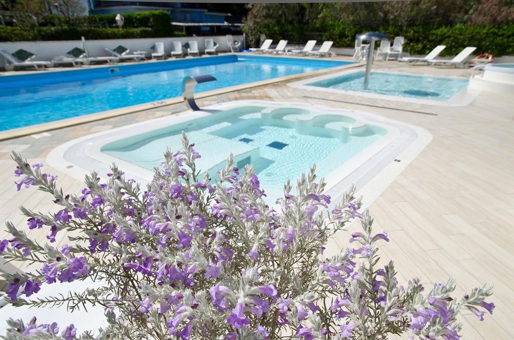 Piscine Hotel Mexico Bellaria 3 stelle superior